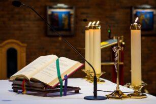 Wyjaśnienie zapisu na Mszę świętą przez system diecezjalny